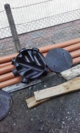 Building drainage..MANHOLE covers