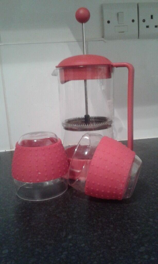 Bodum coffee pressin Ilkeston, DerbyshireGumtree - Red Bodum coffee press with two bodum classes for only total 5 pounds