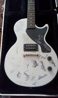 Epiphone Junior signed by STRUCTURES/TEXAS IN JULLY/ INTERVALS/