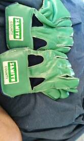 Wicket keepers gloves