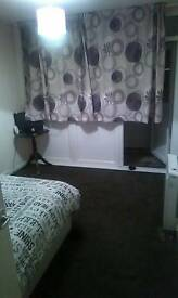 Double room to rent short term