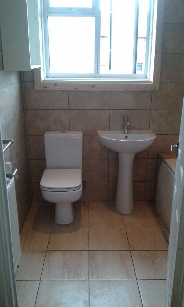 kitchen fitter, carpenter, joiner, floor fitter, electician, plumber, painter, decorator and tiler