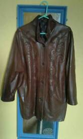 NO TEXTS PLEASE. GREAT QUALITY BROWN LEATHER JACKET SIZE (M) 12/14 £50