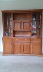Younger's Display cabinet