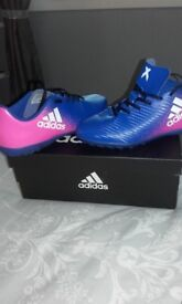 Unisex football astro turf shoes addidas size 4 bkue/pink like brand new worn twice still have box