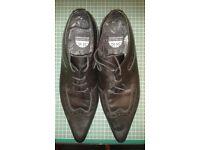 Black Winkle Picker Shoes Size 9