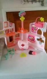 Littlest pets hospital