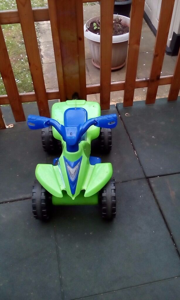 Two Kids motorised quad bike