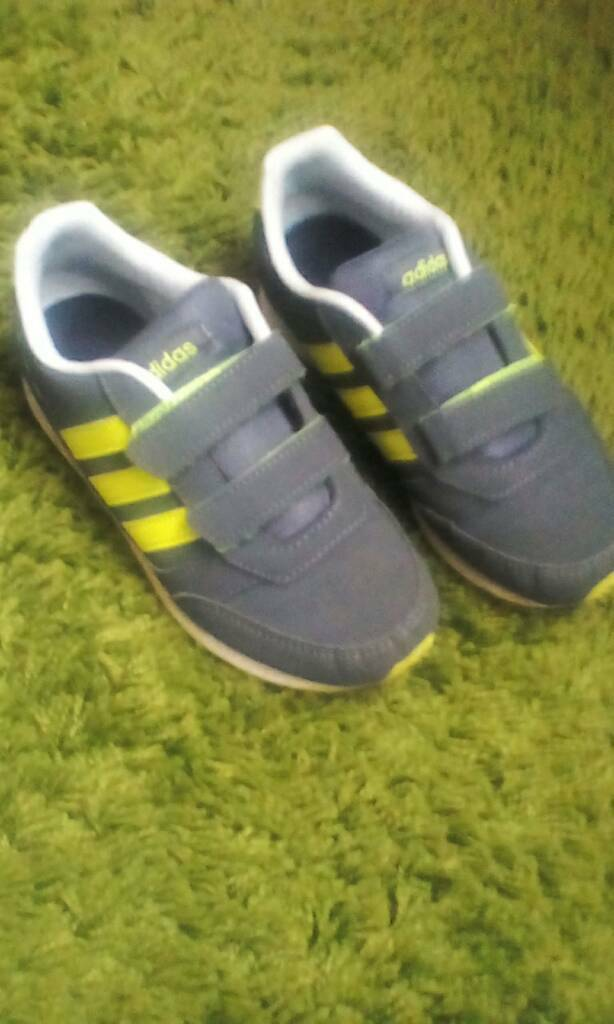 Adidas boys trainers size 1