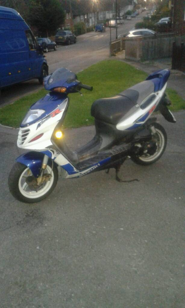 Suzuki katana r ay50cc 2stroke starts and run needs tlc