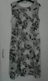 Dorothy Perkins dress size 10