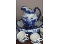 Blue Willow collection of crockery numerous pieces