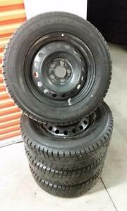 (H137) Pneus Hiver - Winter Tires 215-70-16 Yokohama 7/32