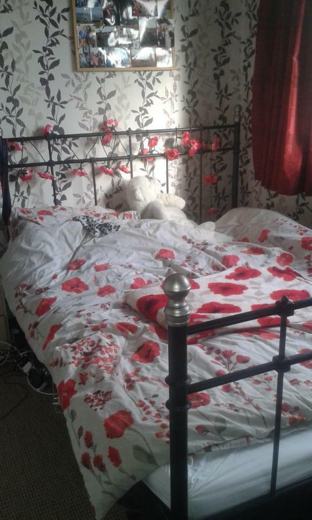 Ikea Poang Chair Metal Frame ~ Lovely Second Hand Ikea Svelvik double bed and mattress in excellent