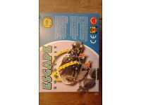 ESCAPE ROBOT KIT BY ELENCO 21-886