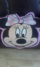 Beautiful Minnie Mouse Bedding and accessories
