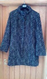 Ladies Roman winter coat size L 18/22