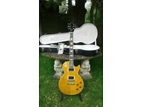 Gibson les paul standard A + top, case and case candy