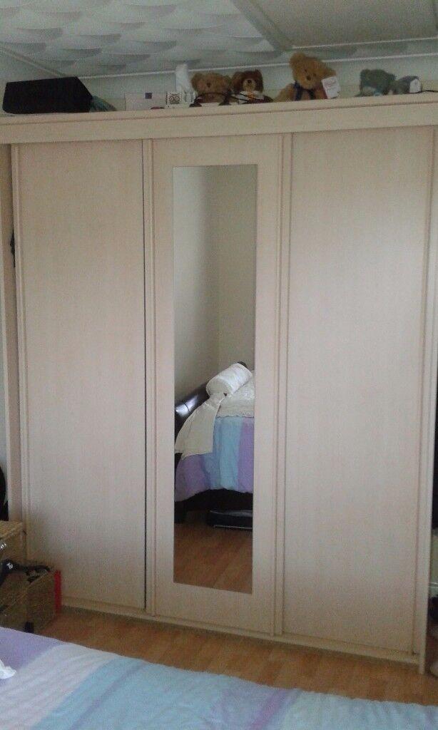 3 door wardrobe in beech
