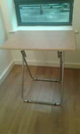 desk table and chair