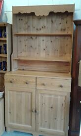 stunning solid pine dresser lovely condition £140.00