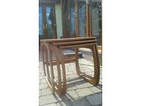 Beautiful NEST OF 3 NATHAN TABLES Teak. Coffee tables.