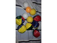 balls, 6 hacky sacks, 2 soft balls, 3 pin pong balls