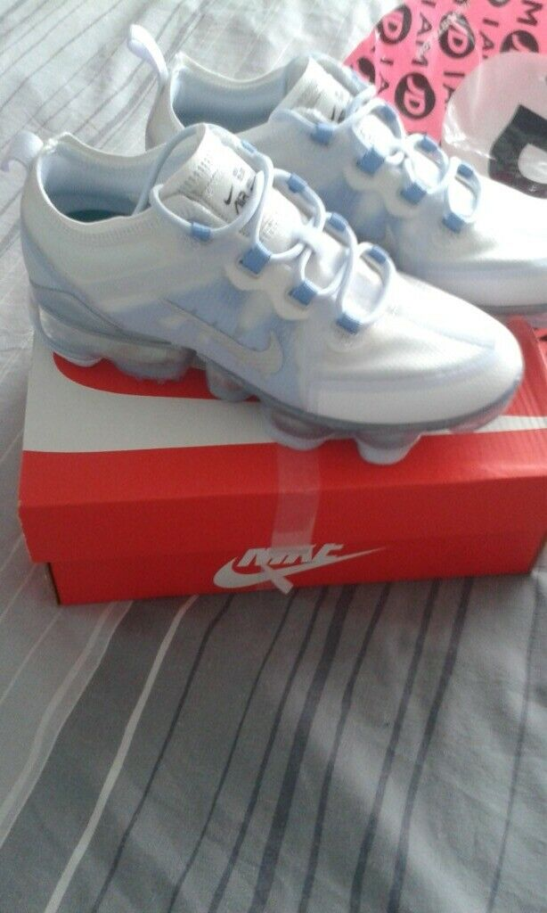sale retailer 6d356 a38d8 Womans Nike vapormax brand new with reciept size 4 from jd sports | in  Torquay, Devon | Gumtree