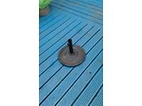 Metal umbrella base