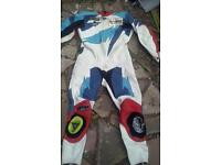 motor bike leathers size 44