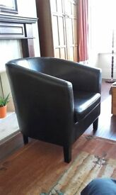 Arm chair faux leather