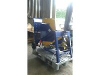 NEW Oxdale PTO Driven Sawbench
