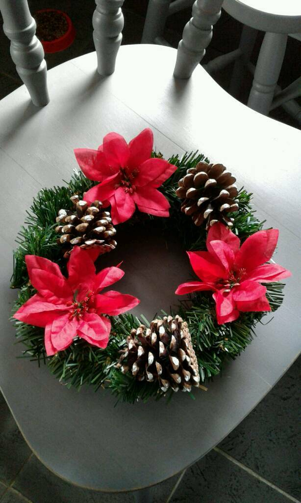 artificial christmas xmas wreaths decorations 500 each