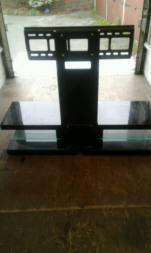 Tv stand with bracket and draw