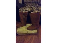 Womans firetrap boots size 4