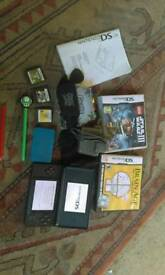 Nintendo ds lite with 5 games
