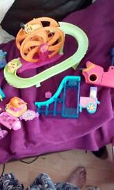 Polly pocket theme park not complete