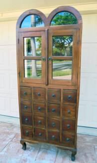 Beautiful 2 Door 16 Drawer Glass/Wooden Mahogany Display Cabinet