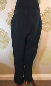 Green Lamb Hush Ladies Waterproof Golf Trousers, XL, Regular Leg