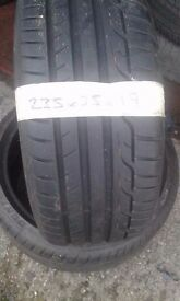 235/35/19 quality part worn tyres