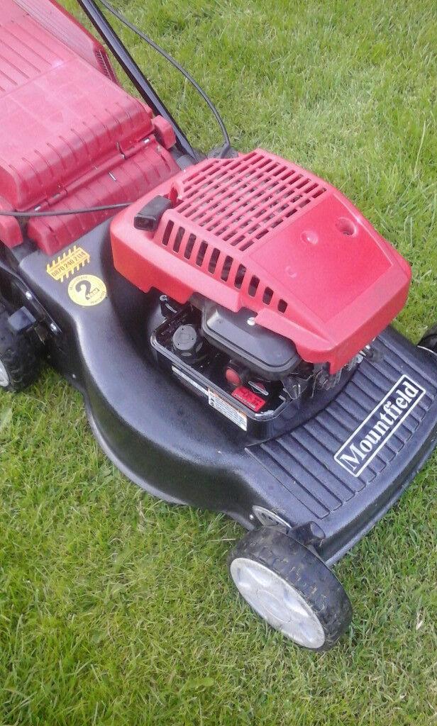 mountfield self proppelled petrol mower L@@K £95 ovno