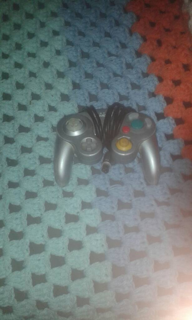Gamecube controler power lead 3 pin connector