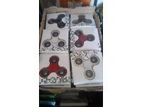 100 x fidget spinners