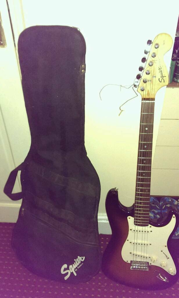 Electric guitar Squier Strat by Fender Affinity series
