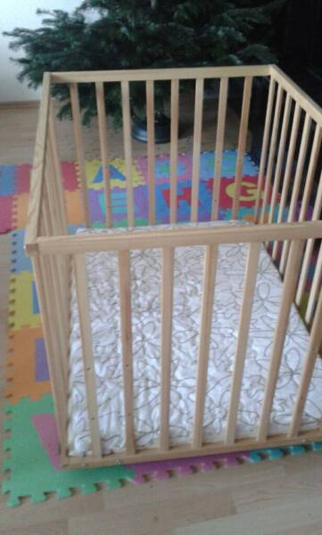 laufstall und tr umeland matratze 1 hand in niedersachsen georgsmarienh tte hochstuhl. Black Bedroom Furniture Sets. Home Design Ideas