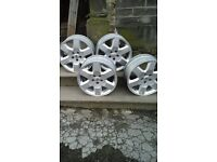"Land Rover 21"" Aloy wheels"