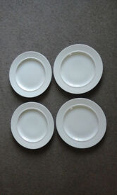 S/4 Alessi dinner plates