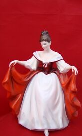 ROYAL DOULTON LADY FIGURINE SARA HN 2265
