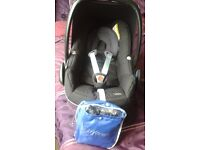 Maxi Cosi Pebble Group 0 car seat, Black