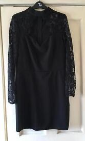 Quiz Dress size 14 new without tags